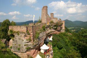 Burgengruppe Altdahn © Tourist-Information Dahner Felsenland